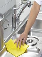 2、重点空间的清洁:厨房+卫生间